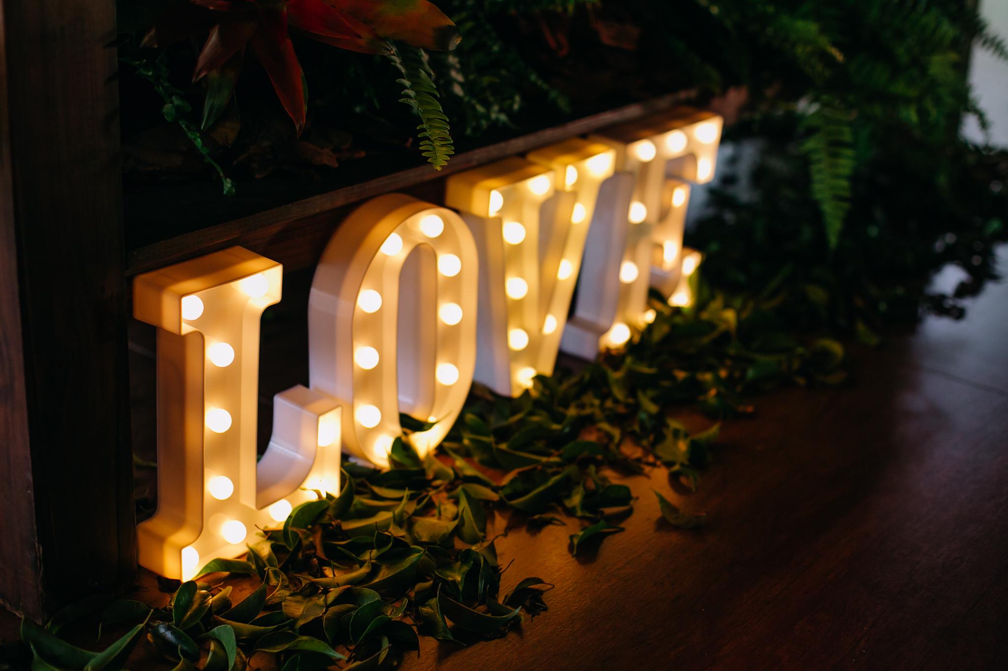 Mesa de Doces: Como acertar na escolha dos doces para o seu casamento